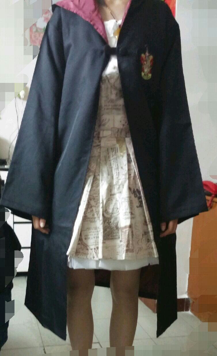 Harry Potter Gryffindor School Uniform Robe - Adult