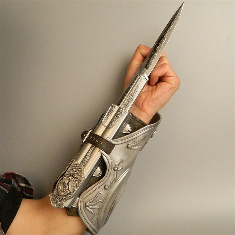 Assassin's Creed Brotherhood Ezio Prop Hidden Blade Props Cosplay