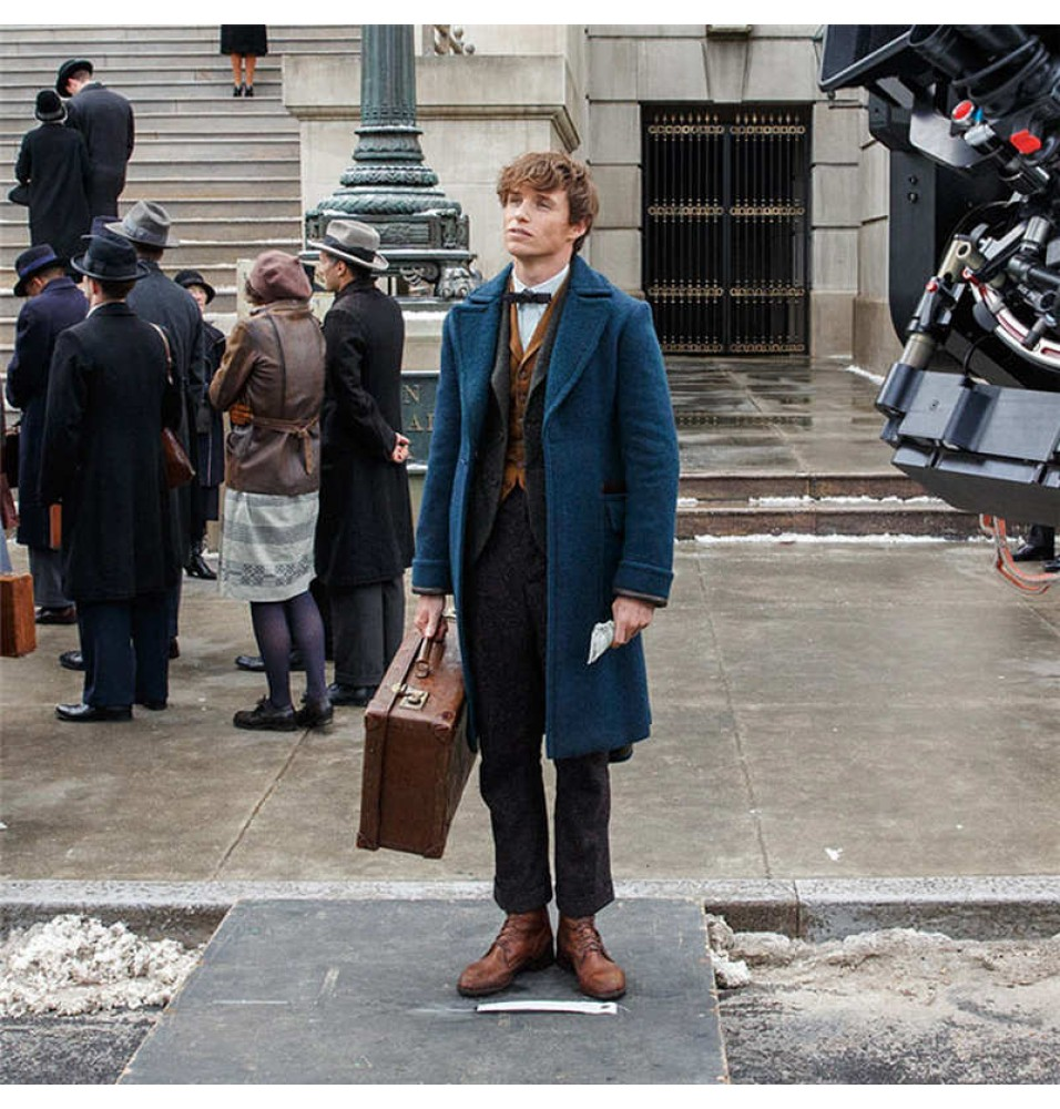 Deluxe Newt Scamander Costume Fantastic Beasts /& Where to Find Them Halloween